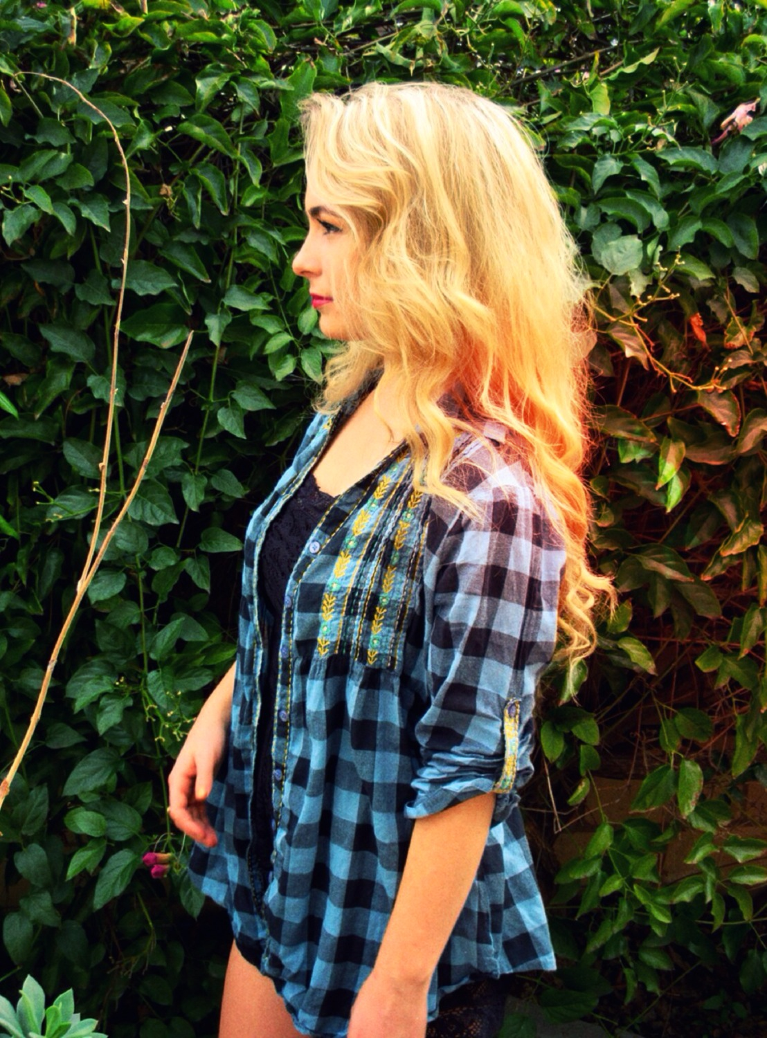Flannel Ootd With Feminine Detailing Sustainable Daisy